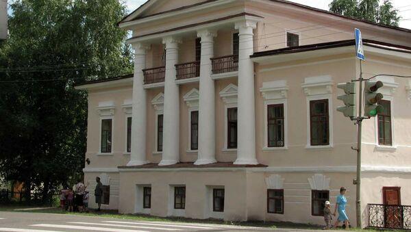 Город Енисейск, здание-памятник, архивное фото