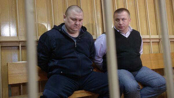 Оглашения приговора бывшим сотрудникам полиции В.Черезову и Ю.Лунькову