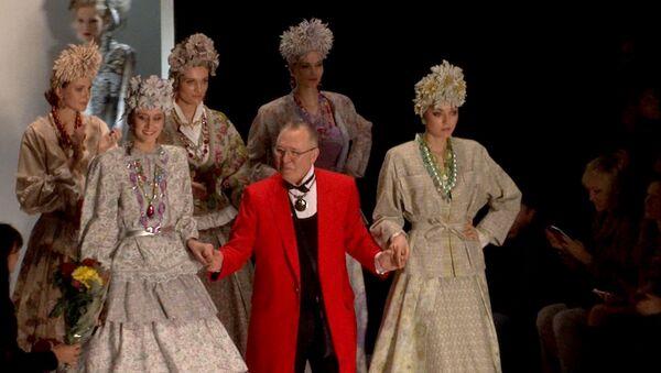 Кружева и платья в пол - тренды сезона весна-лето 2014 на Fashion Week Russia