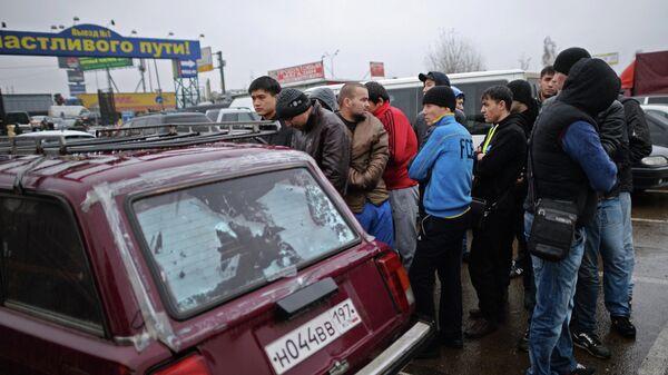 Полиция проверяет московский рынок Садовод