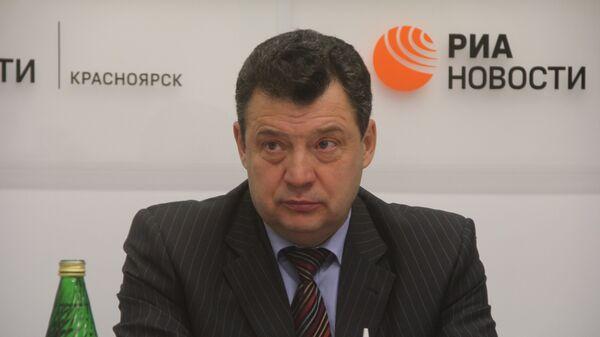 Владимир Рейнгардт, начальник Красноярской ж/д, событийное фото
