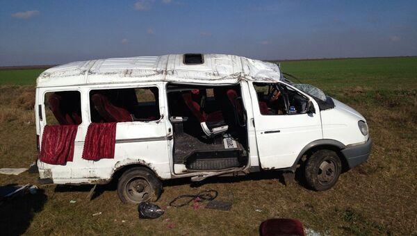 Маршрутка врезалась в КамАЗ на Ставрополье. Фото с места события