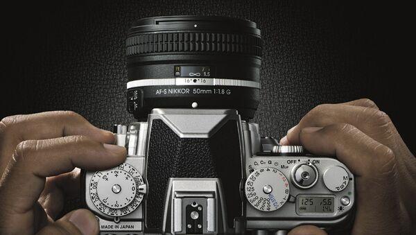 Цифровая зеркальная фотокамера Nikon Df