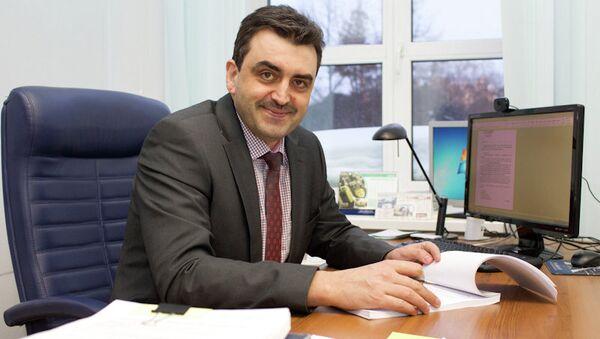 Эдуард Галажинский, избранный ректор ТГУ. Фото из архива