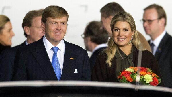 Король Нидерландов Виллем-Александр и королева Максима прибыли в Россию. Фото с места события