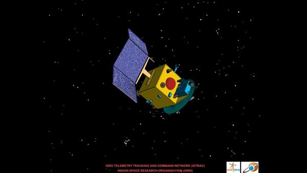 Индийский марсианский зонд Мангальян раскрывает солнечные батареи, архивное фото