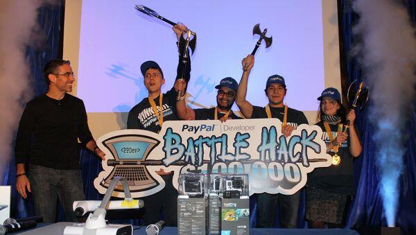 Команда из России выиграла международный PayPal Battle Hack. Фото с места событий