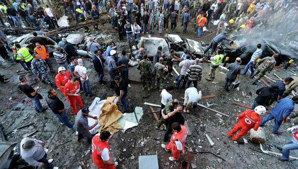 Последствия взрывов в Бейруте возле посольства Ирана