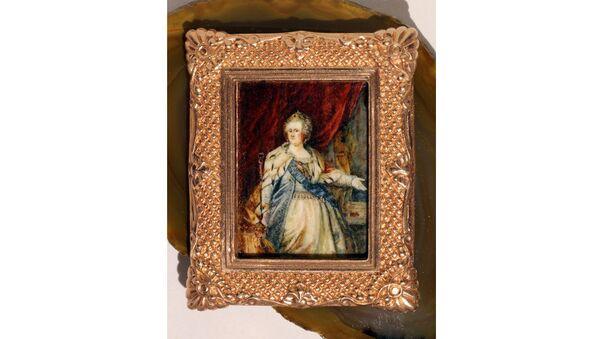 Микроминиатюра с картины Портрет Екатерины II художника Лампи Старшего