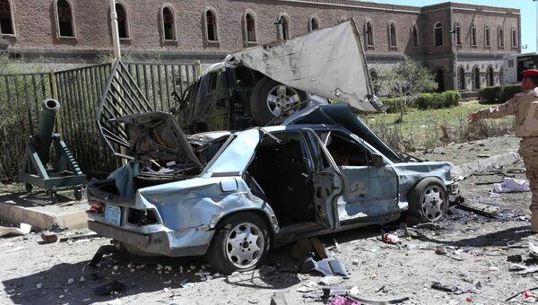 Нападение на комплекс зданий минобороны Йемена. Фото с места события