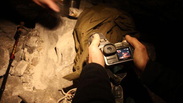 Фотосъемка в пещере, архивное фото
