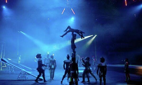 Шоу Запашных Страшная сила, архивное фото