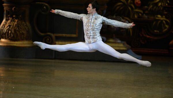 Премьера балета Щелкунчик в новой версии Новосибирского государственного театра оперы и балета. Архивное фото