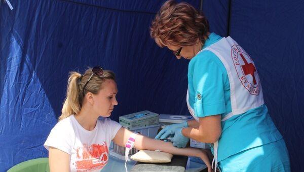 Забор крови для теста на ВИЧ