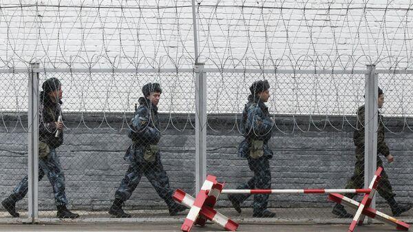 Сотрудники ФСИН РФ на территории следственного изолятора № 2 Бутырская тюрьма.