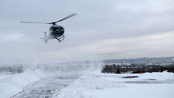 Двух замерзающих эвакуировали из красноярской тайги, событийное фото