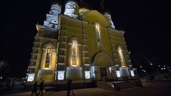Всенощное рождественское бдение в Покровском кафедральном соборе Владивостока