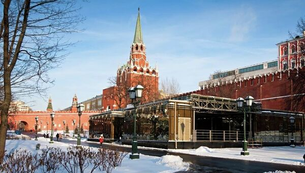 В Александровском саду открылся новый павильон Музеев Московского Кремля