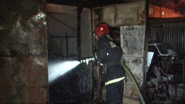 Тушение пожара в Петербурге. Архивное фото