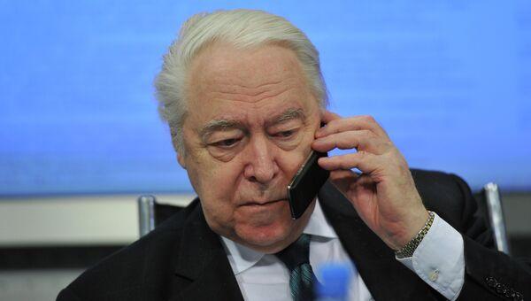 Академик РАН Юрий Израэль. Архивное фото