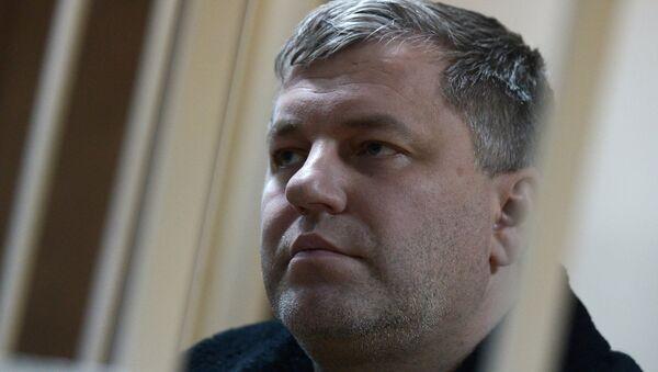Начальник полиции аэропорта Домодедово Максим Титов в Пресненском суде Москвы. Фото с места событий