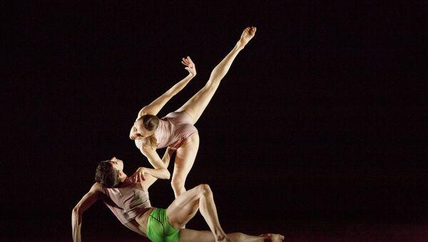 Atomos. Wayne McGregor| Random Dance, Лондон, Великобритания