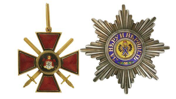 Знак ордена Святого равноапостольного князя Владимира II степени с мечами/Звезда ордена Святого Андрея Первозванного