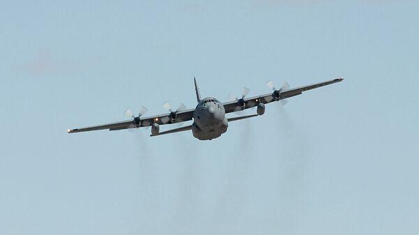 Самолет С-130 Геркулес, архивное фото