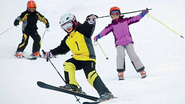 Юные горнолыжники. Архивное фото