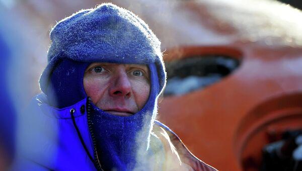 Тренировки экипажей МКС-43/44 по зимнему выживанию в лесу