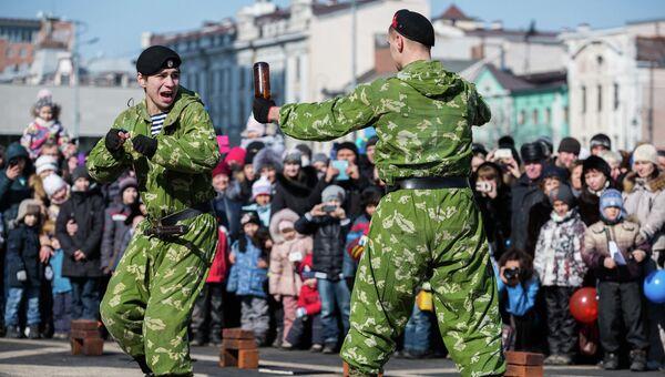 День защитника Отечества во Владивостоке. Архив