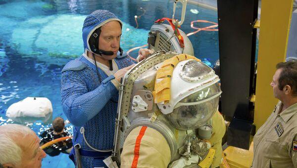 Подготовка космонавтов. Архивное фото