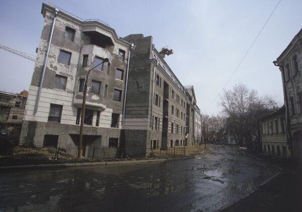 Строительство на улице Остоженка в Москве цао