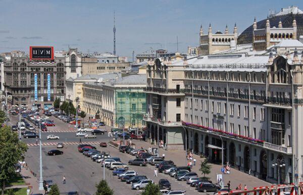 Вид на площадь Революции