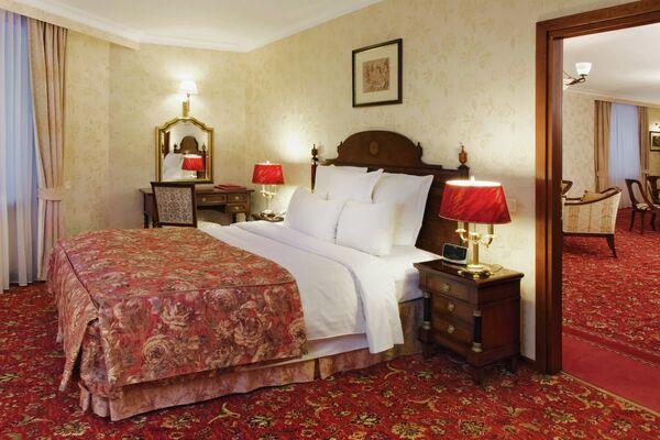 Президентский люкс в Marriott Moscow Royal Aurora Hotel