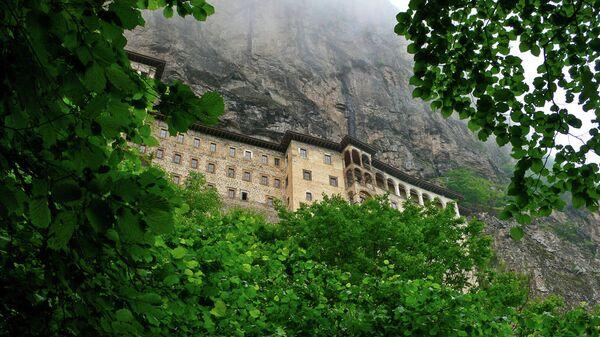 Православный монастырь Панагия Сумела