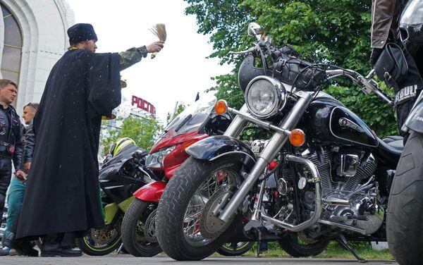 Крестный ход на мотоциклах в Калининградской области