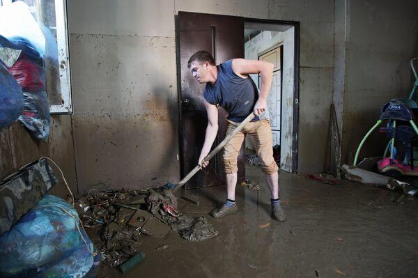 Восстановительные работы в Сочи после сильного ливня