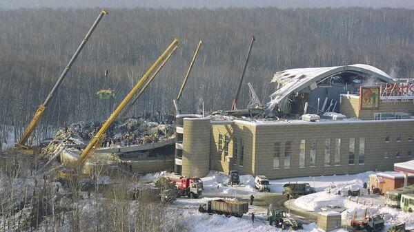 Обрушение крыши здания спортивно-оздоровительного комплекса Трансвааль парк