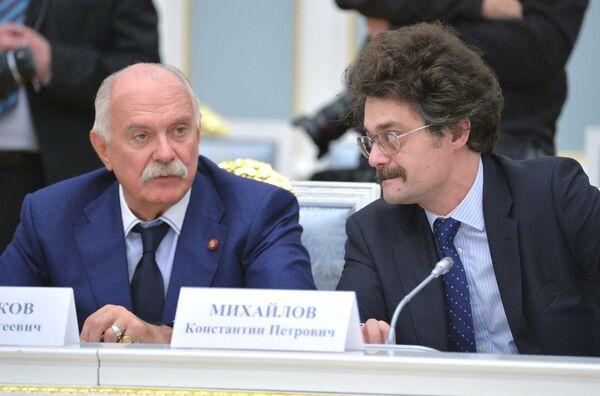 Координатор движения Архнадзор, общественный деятель и журналист Константин Михайлов.