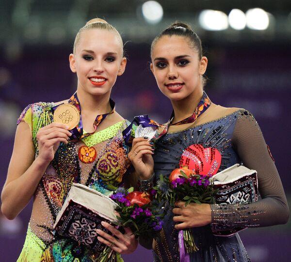 Яна Кудрявцева (слева) и Маргарита Мамун