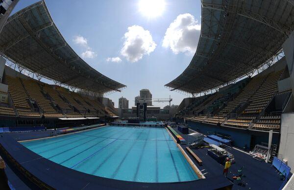 Водный центр имени Марии Ленк (Maria Lenk aquatic center) в Олимпийском парке в Рио-де-Жанейро