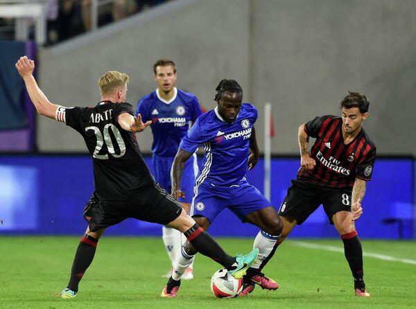 Игровой момент матча Челси - Милан