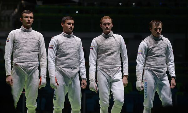 Рапиристы сборной России Дмитрий Жеребченко, Тимур Сафин, Артур Ахматхузин и Алексей Черемисинов (слева направо)