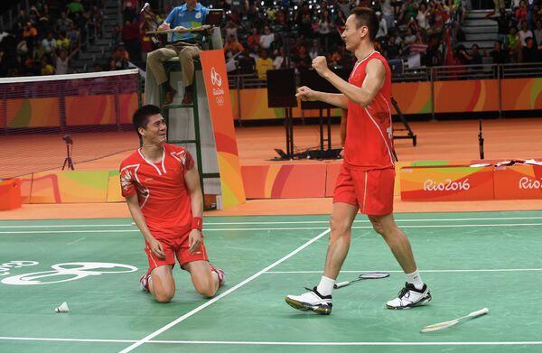 Китайские бадминтонисты Фу Хайфэн и Чжан Нань