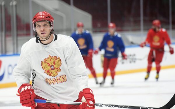 Нападающий сборной России по хоккею Николай Кулемин