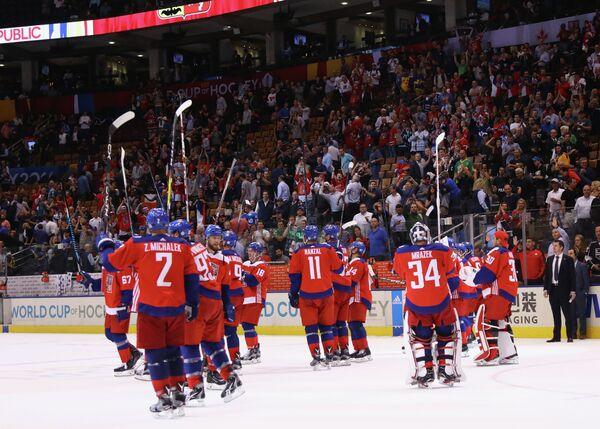 Хоккеисты сборной Чехии радуются победе