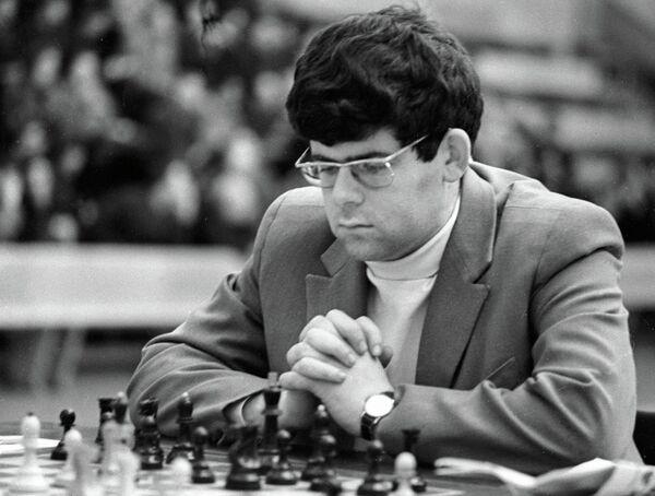 Марк Дворецкий