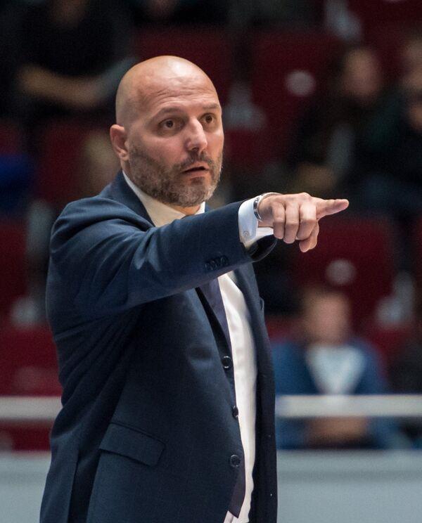 Главный тренер БК Бавария Саша Джорджевич