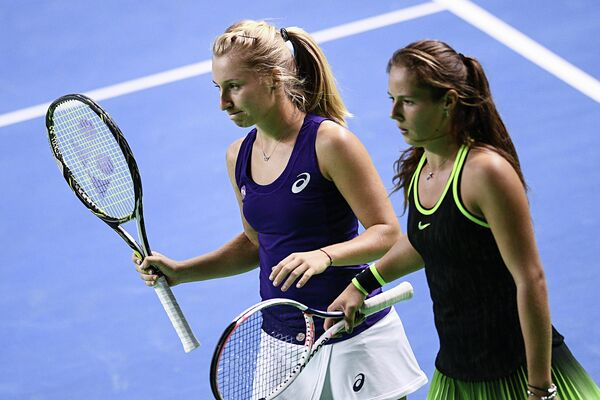 Дарья Гаврилова (Австралия) и Дарья Касаткина (Россия) (справа)